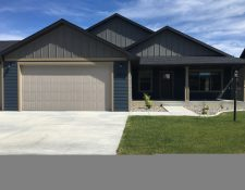 5807 Horseshoe Trail